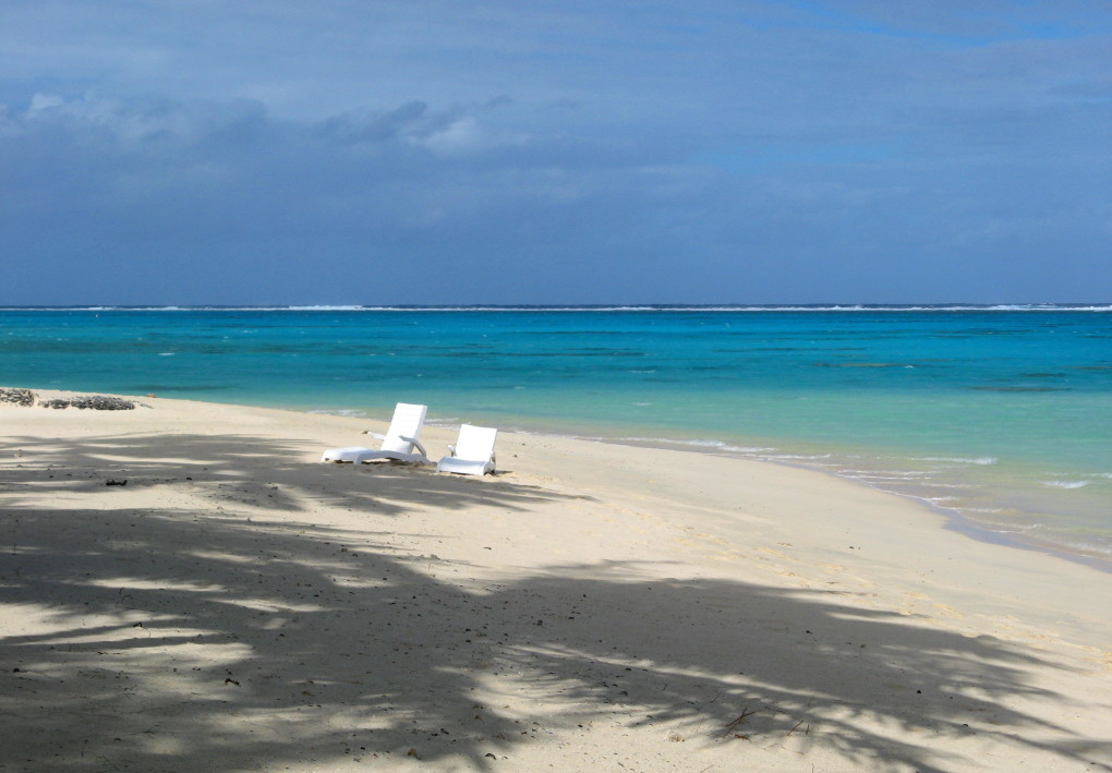 PARADISE FOUND:  WHY RAROTONGA WILL MAKE YOU HAPPY