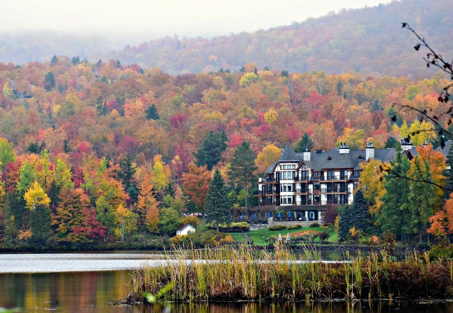 A FAIRY TALE FALL GETAWAY:  HOTEL QUINTESSENCE IN QUEBEC, CANADA