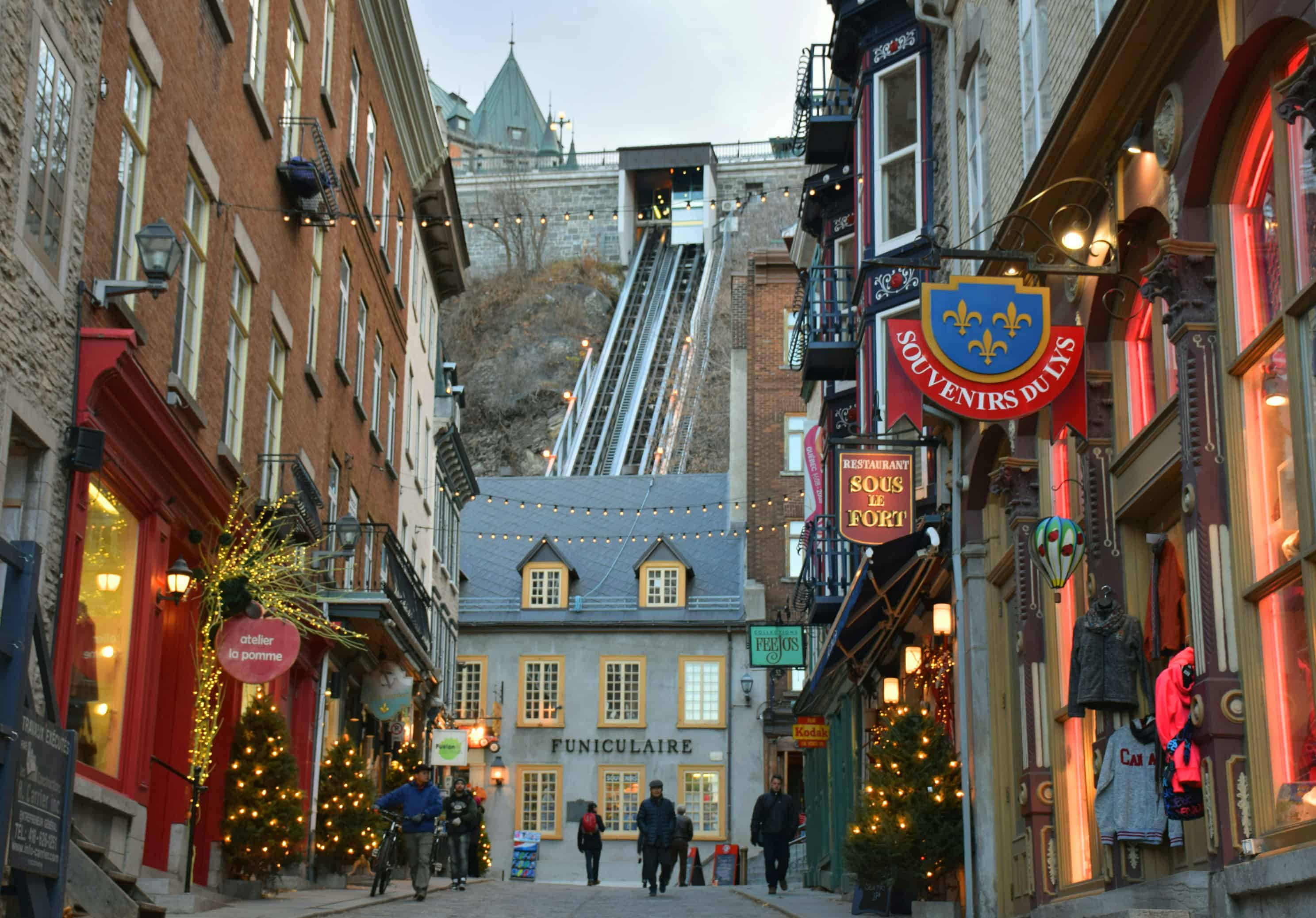 Quebec city the best place in north america to visit for for Decoration quebec