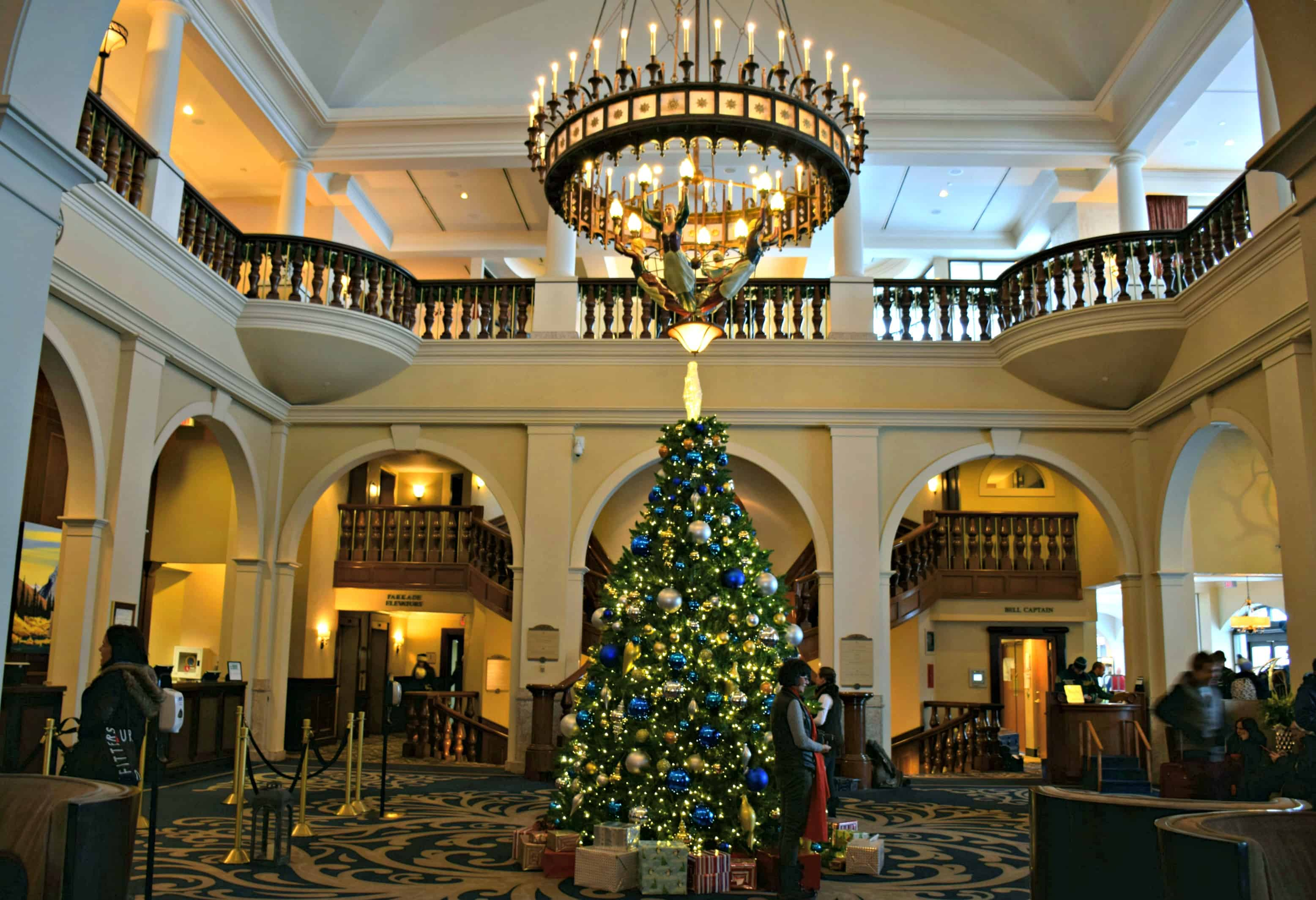 Chateau Lake Louise lobby