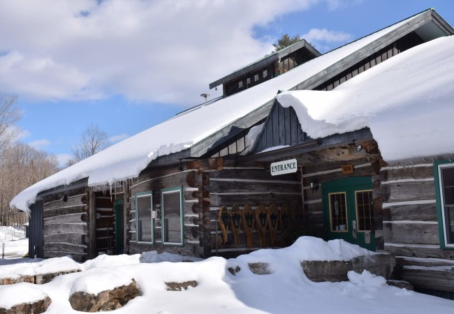 A SWEET ESCAPE TO A SUGAR SHACK IN CANADA