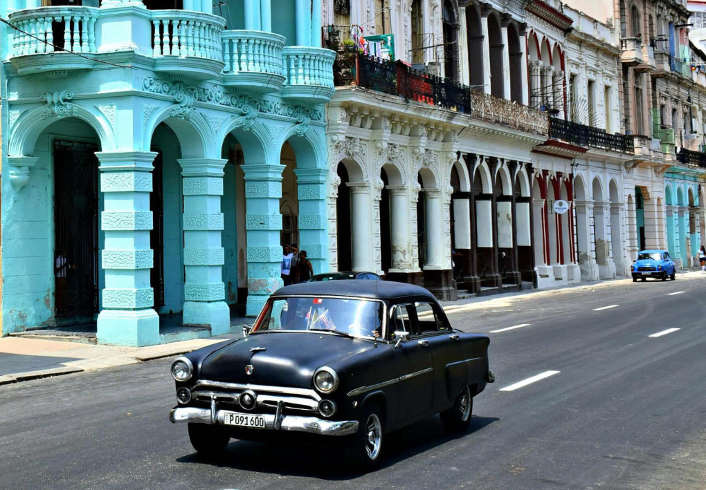 PHOTOS OF THE WEEK:  CLASSIC CARS OF CUBA