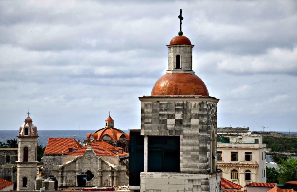 A TOAST TO HEMINGWAY'S HAUNTS IN HAVANA, CUBA