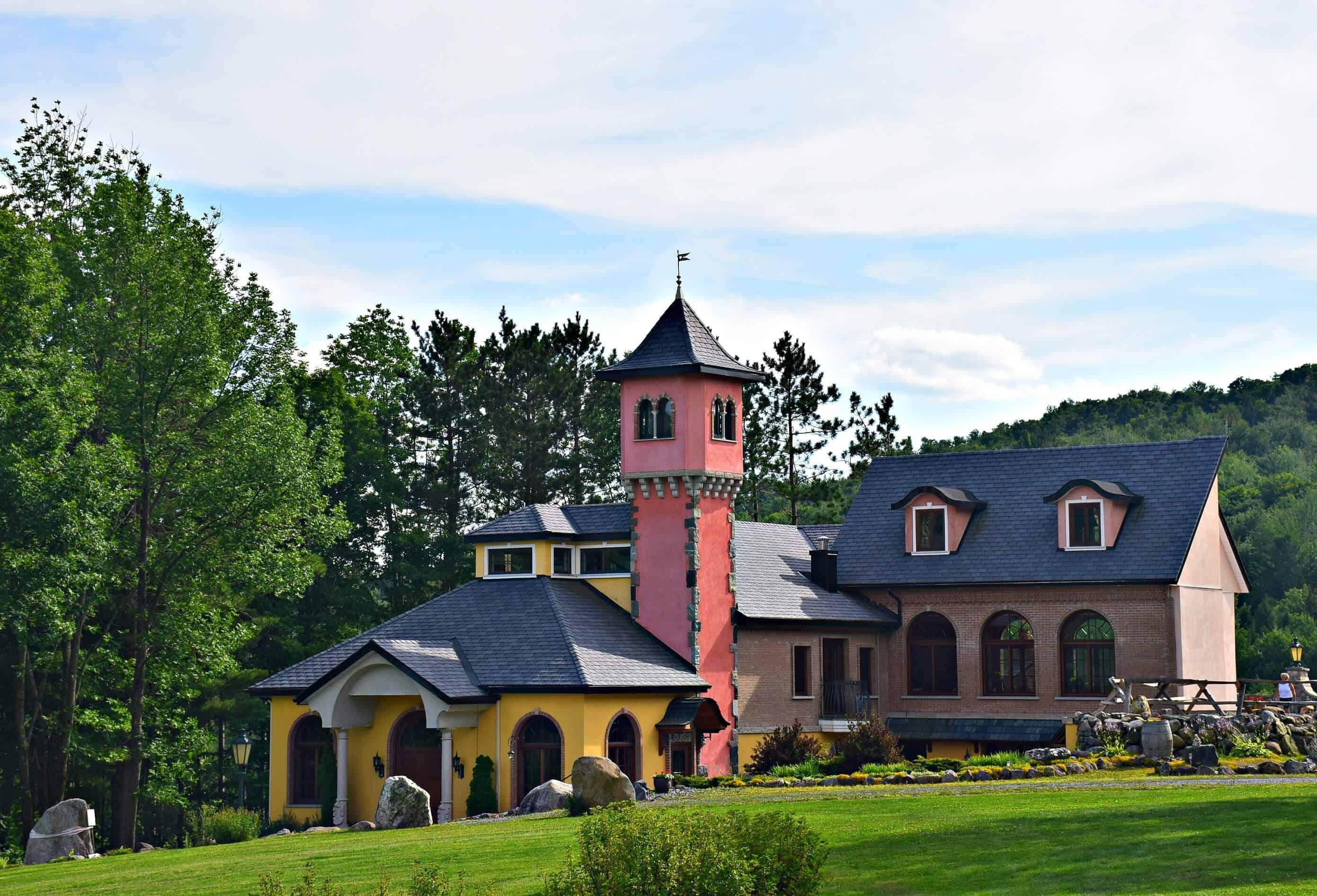 Chapelle Ste Agnes Vineyard, Quebec