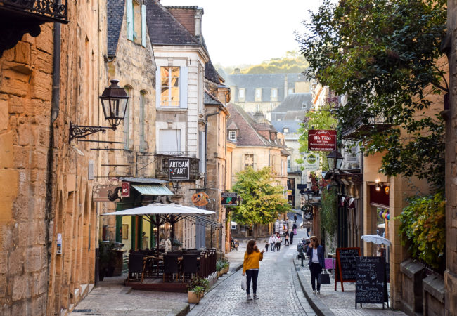 8 REASONS WHY I FELL FOR SARLAT, FRANCE