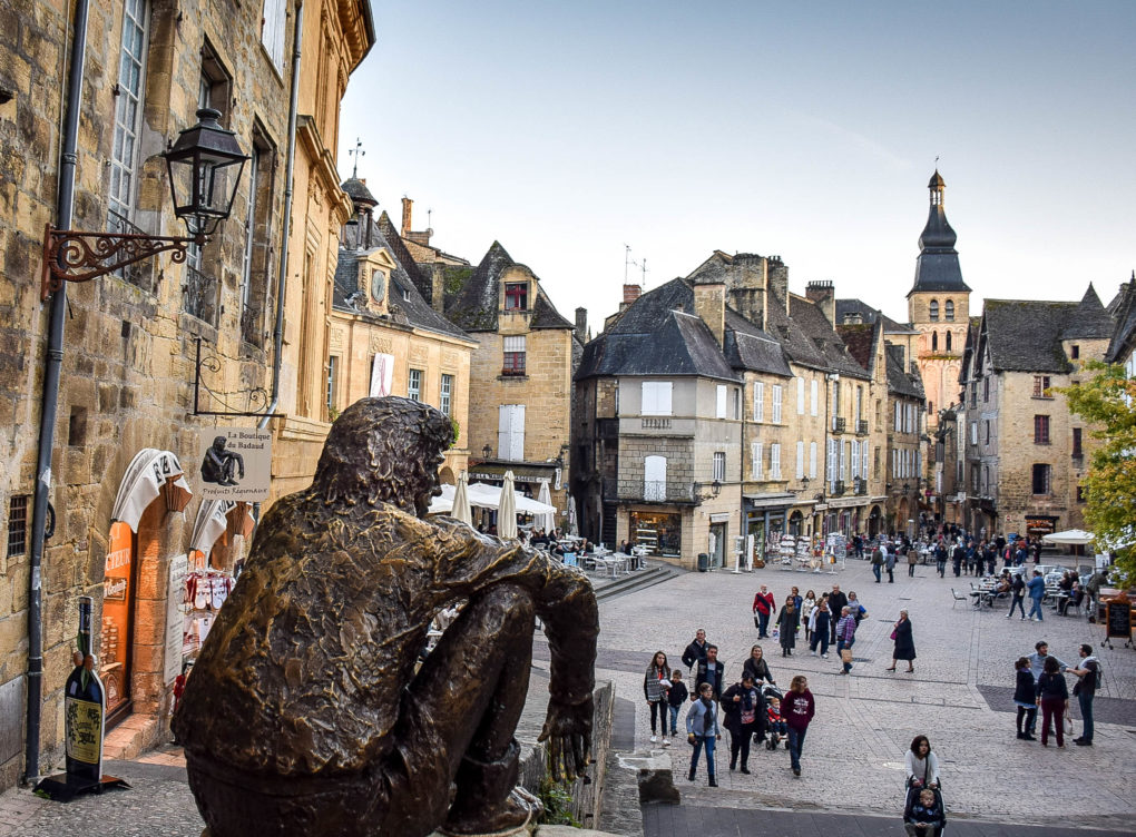 A COURTLY STAY IN LES SUITES SARLADAISES IN SARLAT, FRANCE
